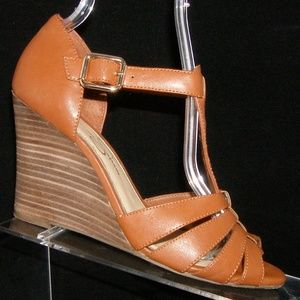 Jessica Simpson brown leather t-strap wedges 6.5M